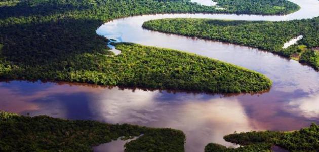 أين يقع نهر الأمازون قلعه